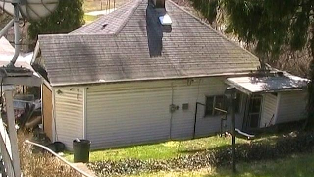 PHOTO: The home of an obese Ohio resident who was cut from his home.