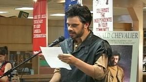 VIDEO: Gentleman Broncos actor reads to audience