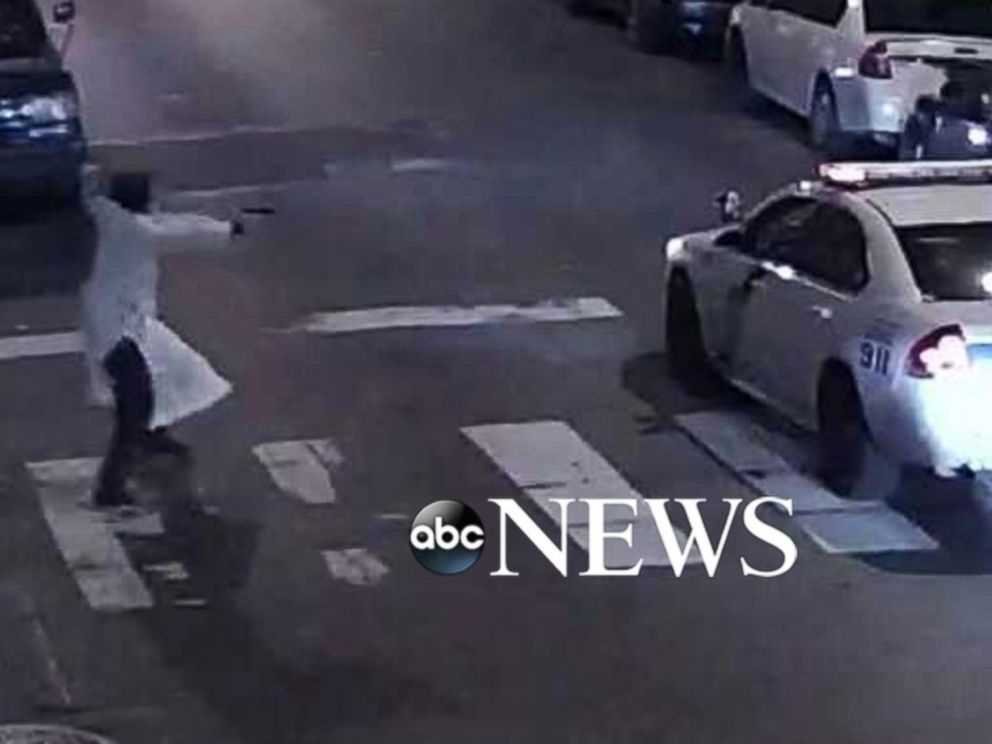 PHOTO: Officials say that suspected gunman Edward Archer fired at least 11 shots at Philadelphia police officer Jesse Hartnett while he was in his police vehicle.