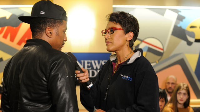 "PHOTO: ABC News' Robin Roberts hosts a live radio town hall Wednesday evening to discuss the national dialogue sparked by the shooting death of Trayvon Martin during a special ABC News Radio broadcast, ""Race and Justice: A National Conversation."""