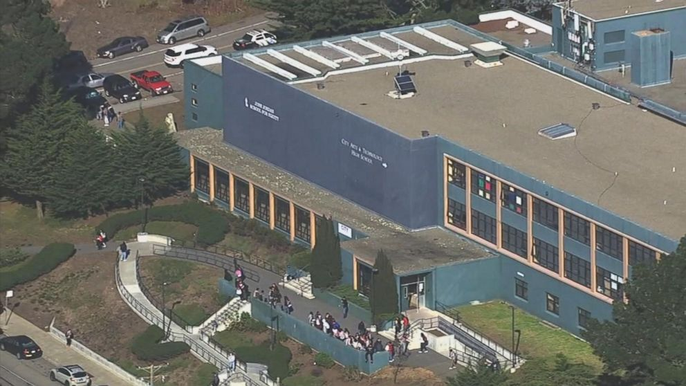 Four students shot outside of San Francisco high school