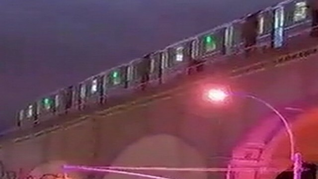 Man Killed After Hes Pushed into 7 Train