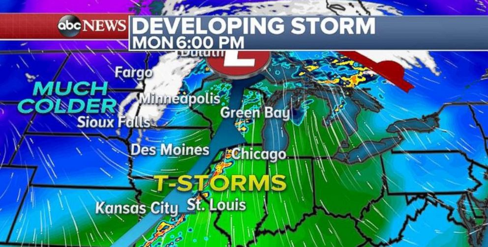 PHOTO: The Great Lakes region can expect thunderstorms on Monday.