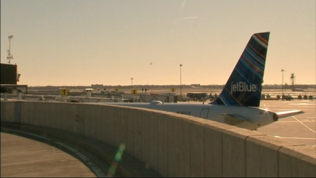 PHOTO: A taxiing passenger jet bumped a JetBlue plane at John F. Kennedy Airport on Saturday morning, March 9, 2013.