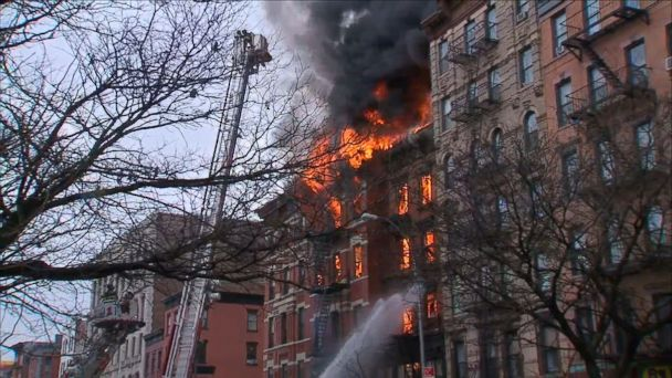 http://a.abcnews.com/images/US/abc_wabc_nyc_fire_2_kb_150326_16x9_608.jpg