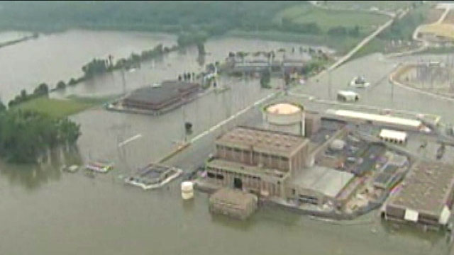 PHOTO: Flood Berm Collapses at Nebraska Nuclear Plant