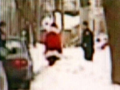 VIDEO: A Wisconsin man wearing a Santa suit is cited by police for drinking in his car.