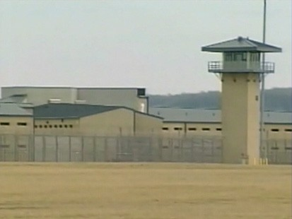 VIDEO: Illinois residents voice concern over a plan to relocate inmates at Guantanamo Bay.