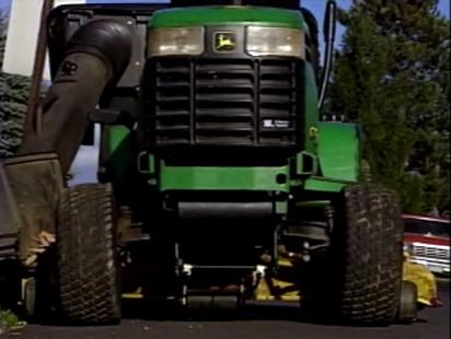 Video: Man arrested fro DUI while driving a tractor.