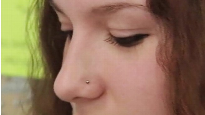 Video: Teen fights school over her nose ring.