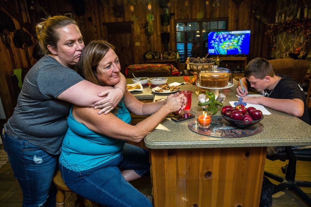 PHOTO: Julie Harter and her daughter Monica, left, at Julies home in Lakeland, Fla.