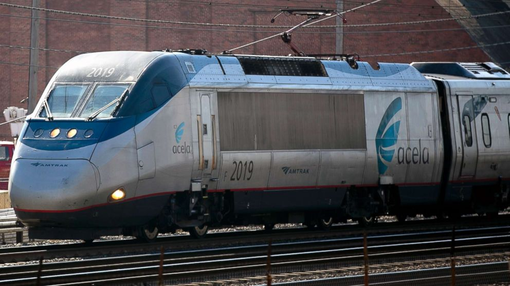 Amtrak Travel Reports & Photos plus TrainWeb hosted web sites featuring Amtrak travel reports.