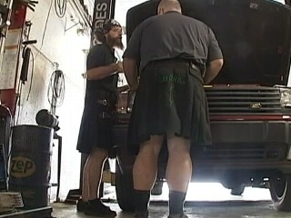 Watch: Oklahoma Mechanics Stay Cool in Kilts