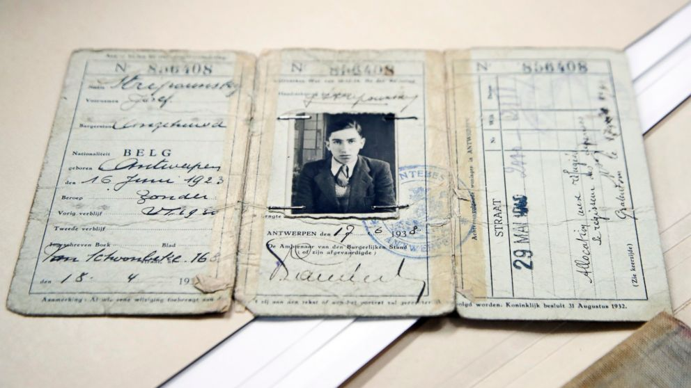 Holocaust Museum starts first crowdfunding campaign to preserve survivors' diaries