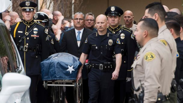 http://a.abcnews.com/images/US/ap-officer-shot-casket-jc-170220_16x9_608.jpg