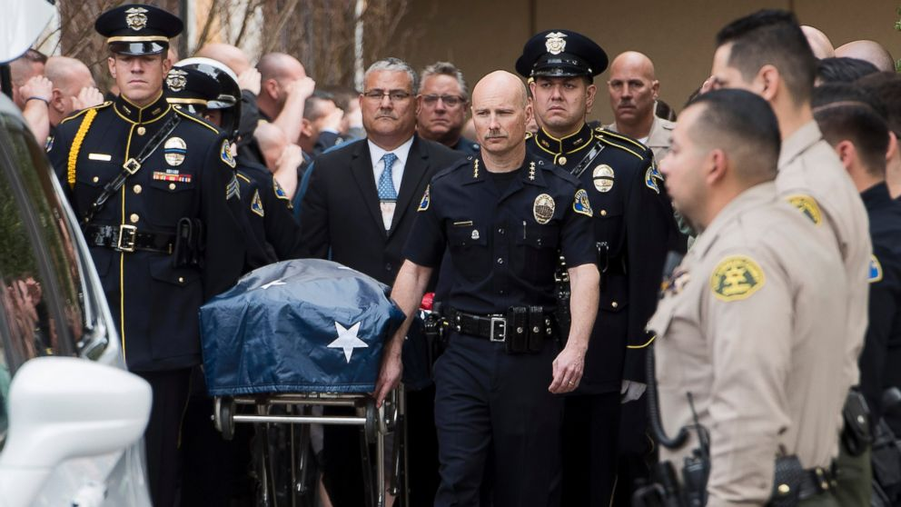 http://a.abcnews.com/images/US/ap-officer-shot-casket-jc-170220_16x9_992.jpg