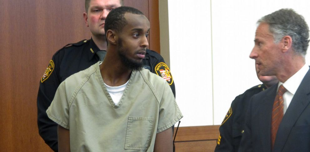 PHOTO: In this Feb. 25, 2015 file photo, Abdirahman Sheik Mohamud, left, speaks with his defense attorney, Sam Shamansky, during a hearing to set bond on charges of money laundering and providing support for terrorism in Columbus, Ohio.