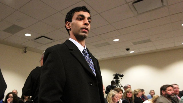 PHOTO: Former Rutgers University student, Dharun Ravi, arrives in the courtroom of Superior Court Judge Glenn Berman for his trial, New Brunswick, N.J., Feb. 24, 2012.