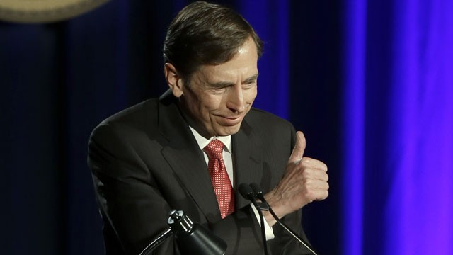 PHOTO: David Petraeus, former army general and head of the Central Intelligence Agency, speaks at the annual dinner for veterans and ROTC students at the University of Southern California, in downtown Los Angeles Tuesday, March 26, 2013.