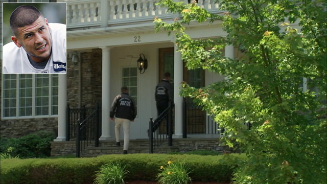 PHOTO: Police went back to the North Attenborough home of Aaron Hernandez, June 22, 2013.