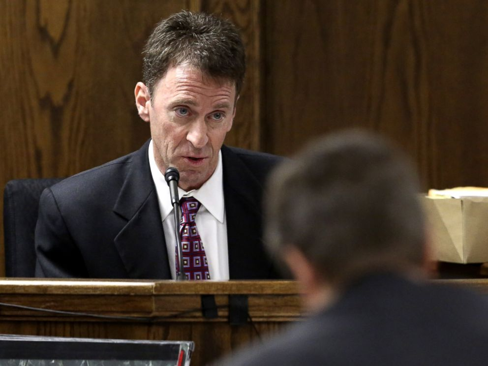 PHOTO: Psychiatrist Dr. Mitchell H. Dunn testifies during the capital murder trial of Former Marine Cpl. Eddie Ray Routh, Feb. 19, 2015, in Stephenville, Texas.