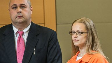 PHOTO: Angelika Graswald, right, stands in court with Michael Archer a forensic scientist, as her attorneys ask for bail and to unseal the indictment against her during a hearing May 13, 2015, in Goshen, N.Y.