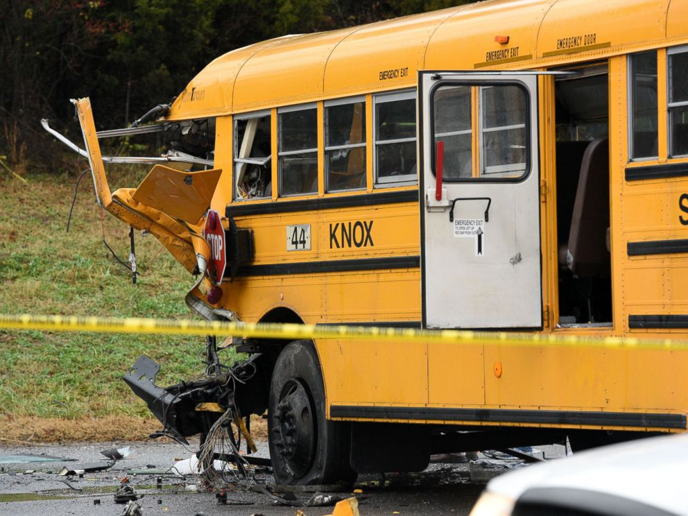 PHOTO: Police rope off the scene of an accident involving two school buses in Knoxville, Dec. 2, 2014.