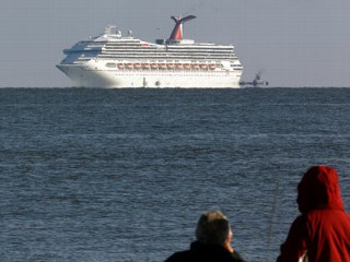 Carnival Triumph Breaks Away From Moorings