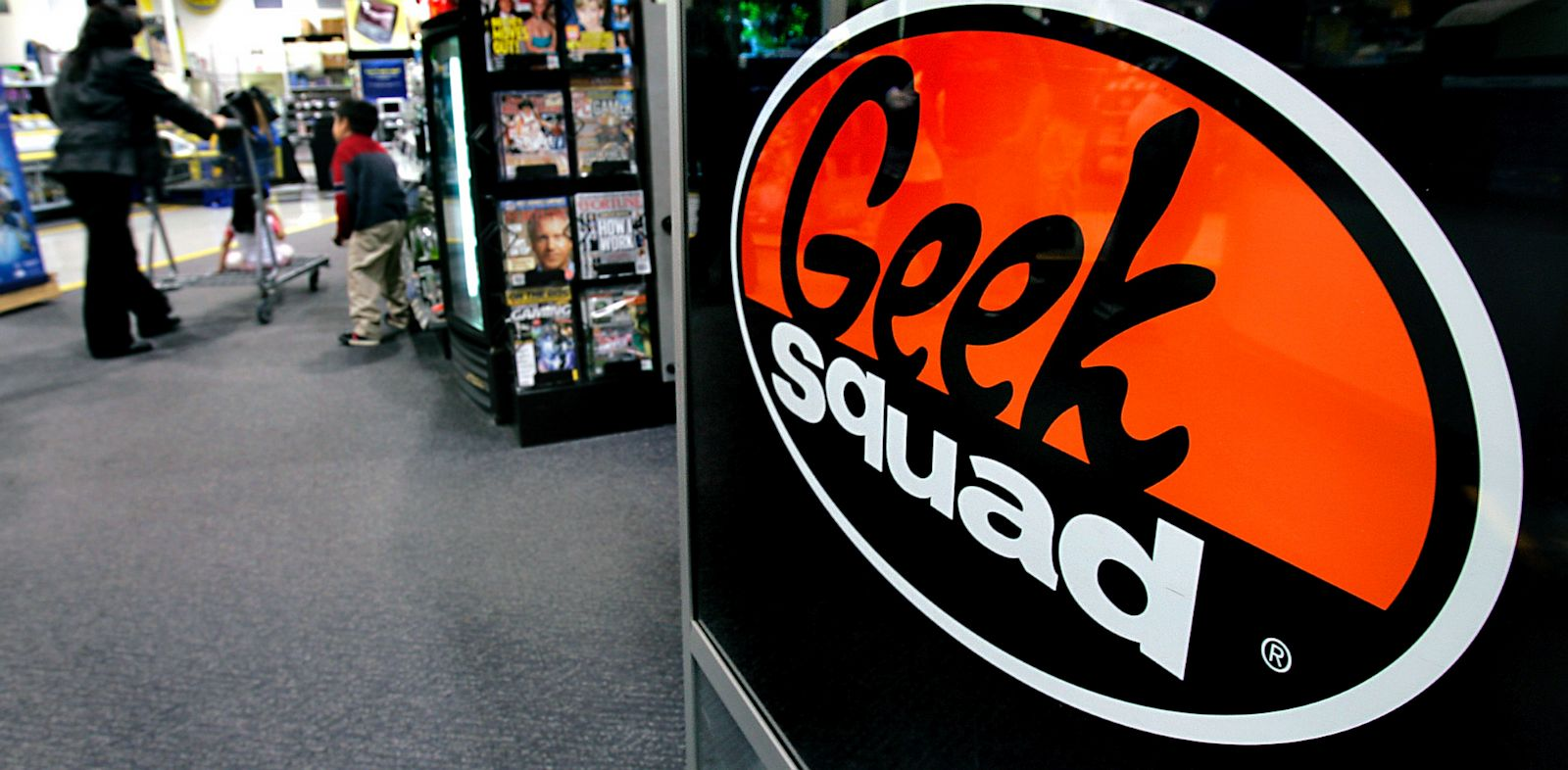 PHOTO: Geek Squad at Best Buy