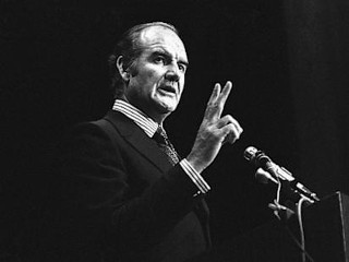 Photos: George McGovern: Former U.S. Senator Dead at 90