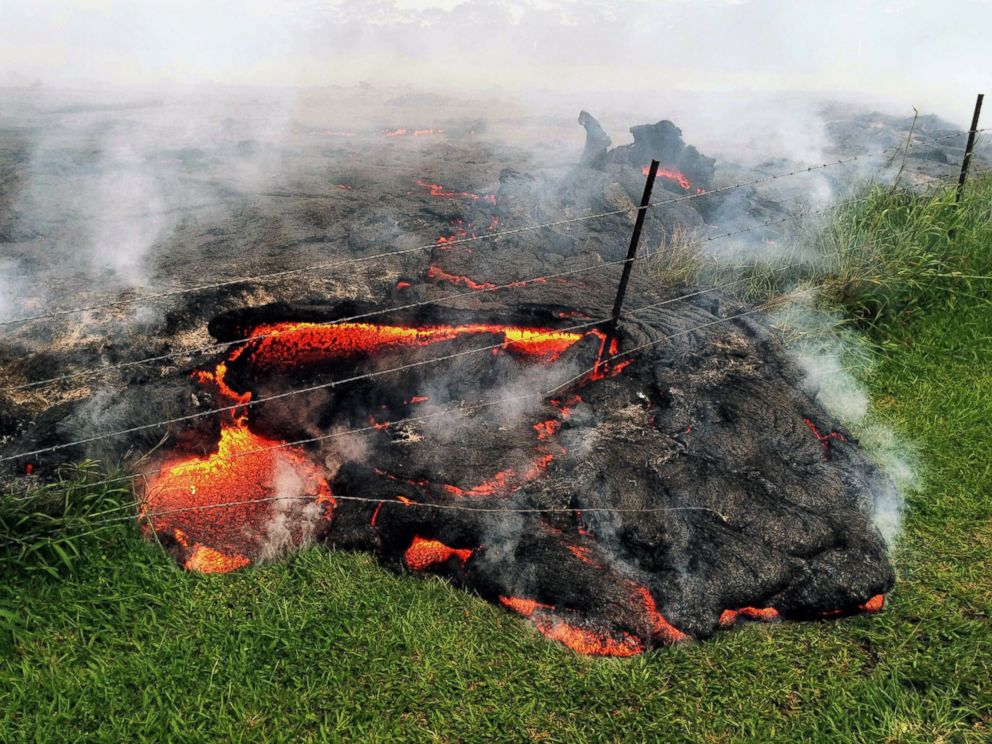 Unstoppable Lava Flow Reaches Hawaiian Town  ABC News