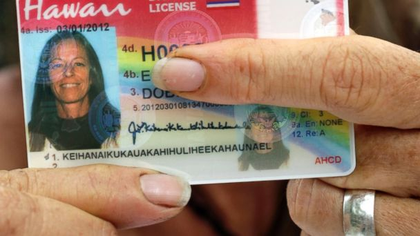 ap hawaii woman long name wy 131231 16x9 608 Hawaiian Woman Wins in Battle for Superlong Name on Drivers License