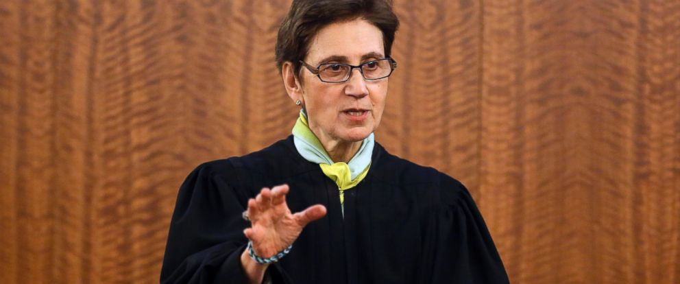 PHOTO: Superior Court Judge E. Susan Garsh instructs the jury during the murder trial for former New England Patriots football player Aaron Hernandez, on Jan. 29, 2015, in Fall River, Mass.