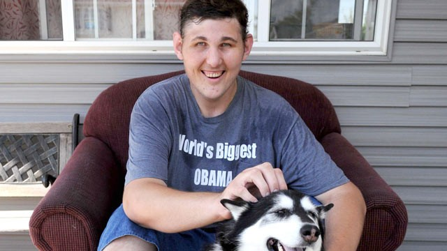 PHOTO: Igor Vovkovinskiy, 27, poses for a photo with his dog in Rochester, Minn., Sept. 18, 2009.
