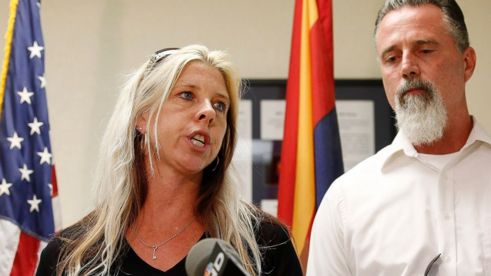 PHOTO: Jeanne Brown, left, who had a sister and father murdered, speaks during a news conference as her husband Richard Brown listens, after the nearly two hour long execution of Joseph Rudolph Wood at the state prison, July 23, 2014, in Florence, Ariz.