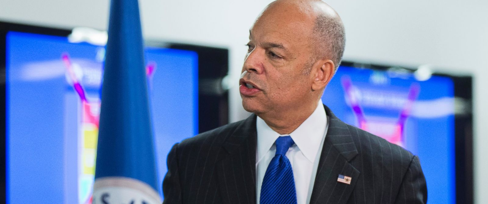 PHOTO: Homeland Security Secretary Jeh Johnson discusses the updates to the National Terrorism Advisory System, Dec. 16, 2015, in Washington, D.C.