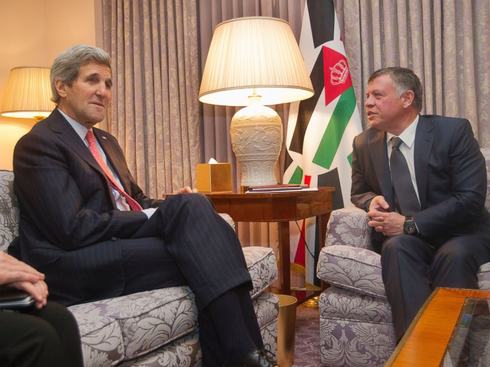PHOTO: Secretary of State John Kerry, left, with King Abdullah II of Jordan, right, during their meeting in Washington, Feb. 3, 2015.