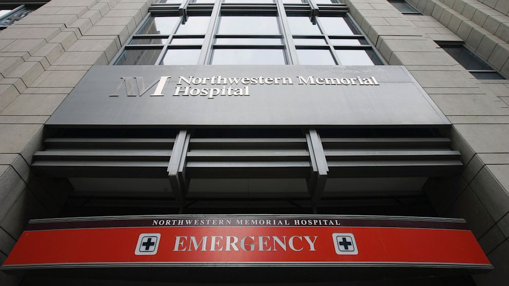 PHOTO: The emergency entrance at Northwestern Memorial Hospital in Chicago as seen on Nov. 16, 2007.