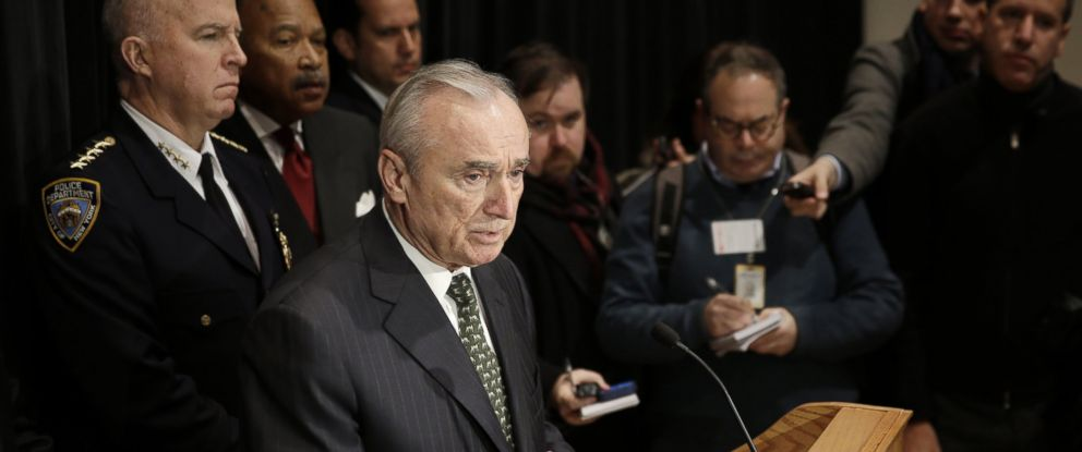 PHOTO: New York City Police Commissioner Bill Bratton speaks to reporters after an NYPD swearing-in ceremony in New York on Jan. 7, 2015.