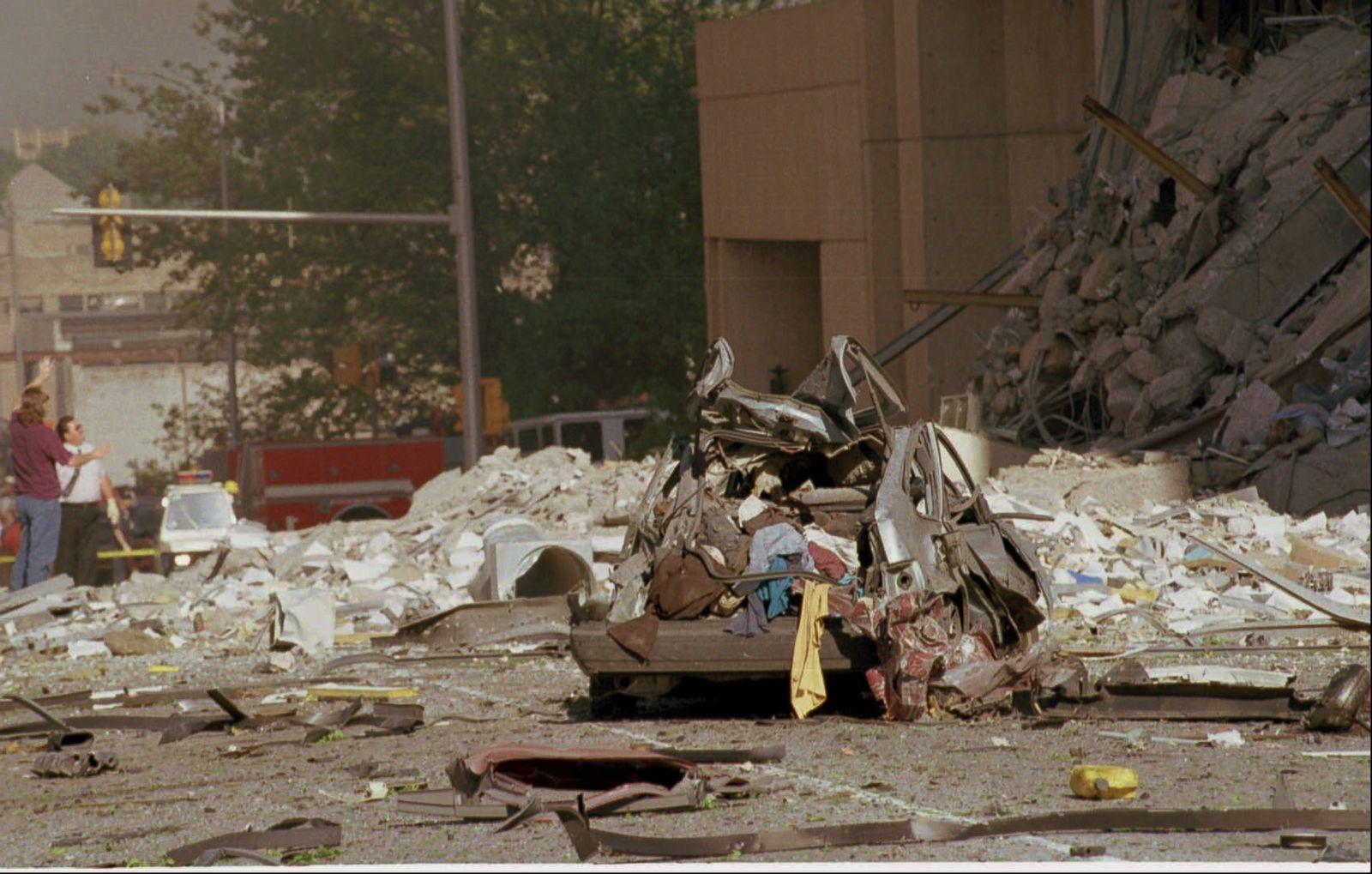 oklahoma city bombing analysis Alfred p murrah federal building oklahoma city  the oklahoma city bombing: improving  (no new lateral force analysis.