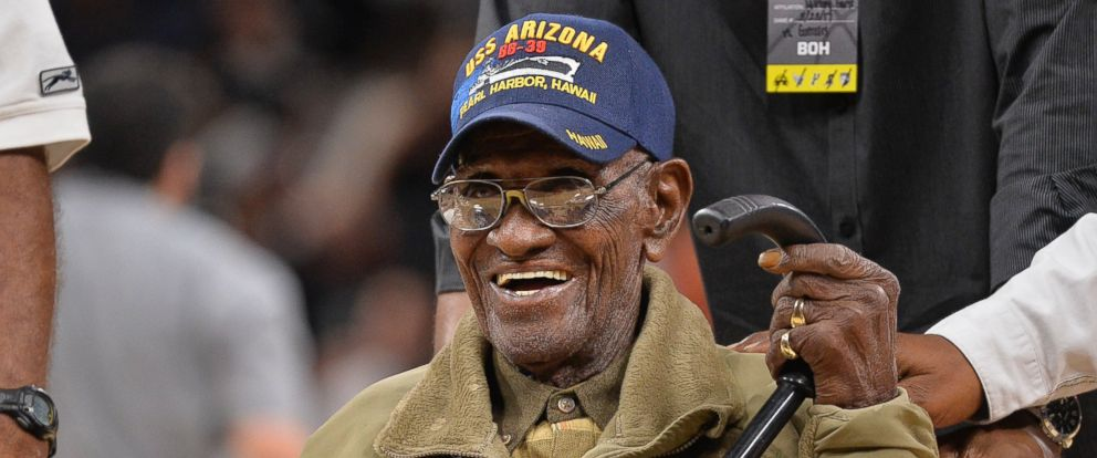 PHOTO: Richard Overton leaves the court after a special presentation honoring him as the oldest living American war veteran, during a timeout in an NBA game between the Memphis Grizzlies and the San Antonio Spurs, Thursday, March 23, 2017, in San Antonio.