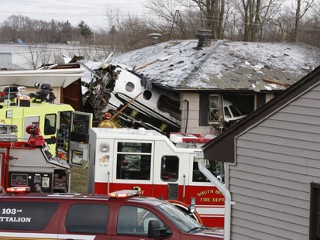 2 Killed When Jet Crashes in Ind. Neighborhood