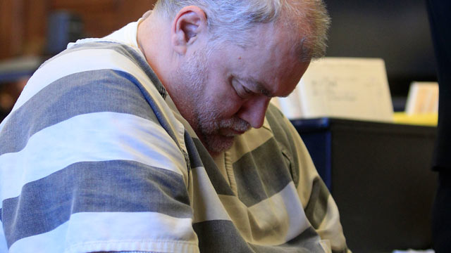 PHOTO: Richard J. Beasley appears in Summit County Common Pleas Court on drug charges, Dec. 1, 2011, in Akron, Ohio.