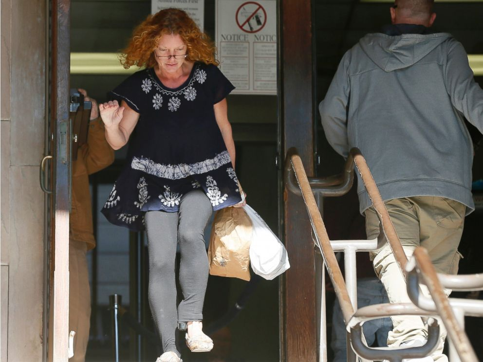 PHOTO: Wearing an electronic ankle monitor on her left ankle, Tonya Couch leaves Tarrant County Community Supervision and Corrections Department, Jan. 12, 2016, in Fort Worth, Texas.
