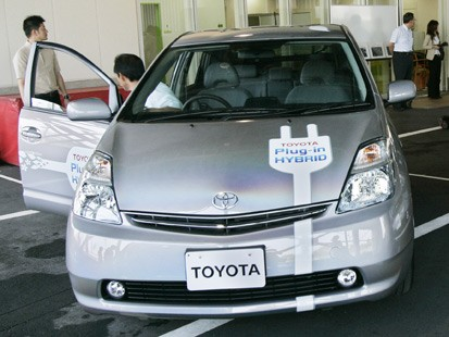 Toyota Plug-In HV (AP photo)