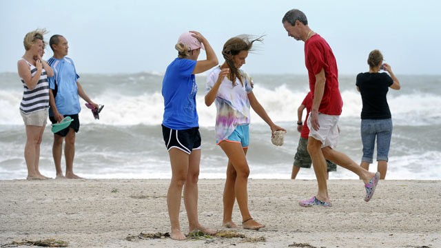 Tropical Storm Debby Puts Damper on Fla. Vacations - ABC News