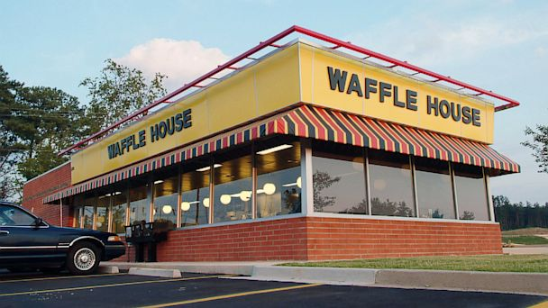 ap waffle house ll 131001 16x9 608 Customers Robbed of $40,000 in Waffle House Jewelry Heist