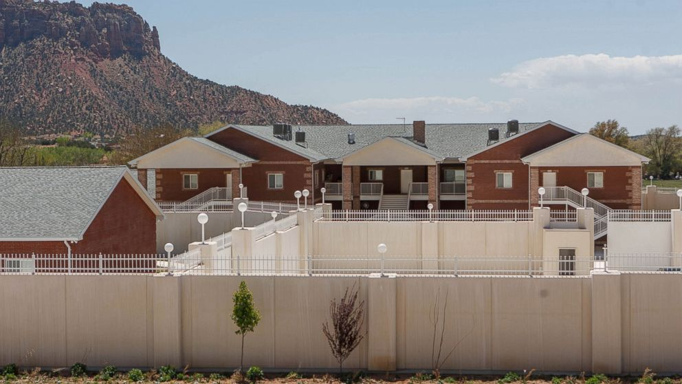 PHOTO: In this April 26, 2013 photo, a large home intended for the family of Warren Jeffs is seen in Hildale, Utah.