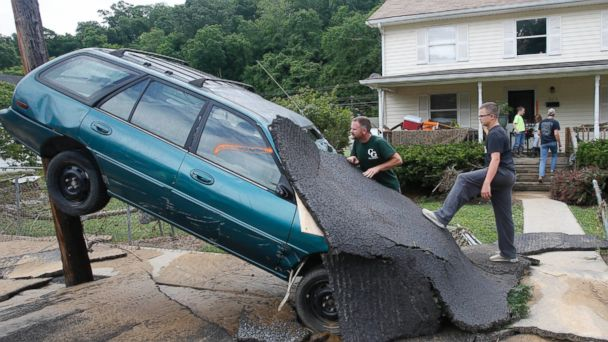 http://a.abcnews.com/images/US/ap_west_virginia_flooding_05_jc_160624_16x9_608.jpg