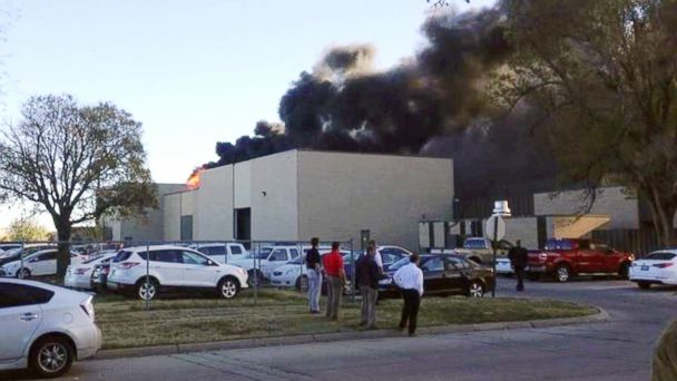 http://a.abcnews.com/images/US/ap_wichita_plane_crash_wy_141030_16x9_608.jpg